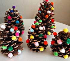 christmas mantel decoration pinecone trees craft- glue Pom Pom balls to the pin ones you find in your backyard! Fun craft for kids and friends :) Preschool Christmas, Christmas Activities, Christmas Crafts For Kids, Homemade Christmas, Kids Christmas, Holiday Crafts, Spring Crafts, Christmas Christmas, Christmas Ornaments