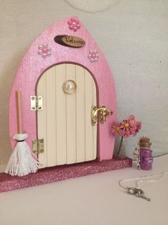 Fairy Door Gift Set Pink with Necklace,Fairy Dust, Tooth Receipts, Key,Reward Fairy Dust, Fairy Land, Fairy Tales, Hobbies And Crafts, Diy And Crafts, Fee Du Logis, Tooth Fairy Doors, Fairy Garden Houses, Fairy Gardens