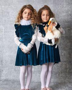 Preteen Girls Fashion, Young Girl Fashion, Little Fashion, Kids Fashion, Cute Twins, Cute Girls, Cute Babies, Beautiful Little Girls, Beautiful Children