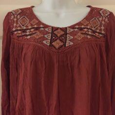 Boho Loose Blouse with Crochet NWT Beautiful boho blouse with crochet design on chest and keyhole back. Gorgeous!!! Xhilaration Tops Blouses