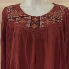 Boho Loose Blouse with Crochet NWT Beautiful boho blouse with crochet design on chest and keyhole back. Gorgeous!!! Xhilaration Tops Blouses