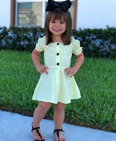 Cute Little Girl Dresses, Dresses Kids Girl, Cute Little Girls, Flower Girl Dresses, Little Girl Fashion, Baby Girl Fashion, Mommy And Me Outfits, Girl Outfits, Baby Girl Boutique