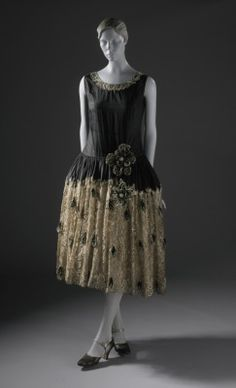 "omgthatdress: ""Robe de Style Jeanne Lanvin, 1922 The Los Angeles County Museum of Art """