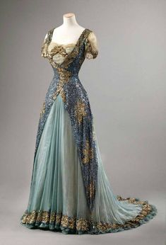 Evening dress, ca. 1905-1910. This dress is in the collection of the National Museum of Art, Architecture and Design in Oslo, where Queen Maud of Norway's clothing and belongings are housed. While the museum site does not mention this dress being worn by her, I have a strong suspicion that it might have been hers. I also once saw a photo of an exhibition of Queen Maud's clothing and this dress was shown in the background.