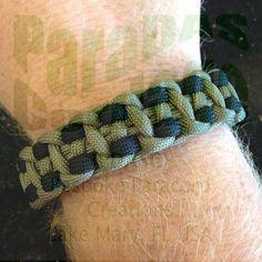 "Today's carry: ""Imprint"" Weave: Caterpillar Footed www.facebook.com/PDASC Bracelets- #paracord #paracordbracelets #paracordporn #550 #550cord #550paracord #instacord #survivalbracelets #edc #bespoke #handmade #bracelets #pulseras #fashion #fashiontrends #forher #forhim #wristcandy #armcandy #paracordswag #wristswag #swag #jewelry #madeinusa #usa #photooftheday #picoftheday #paradascordage #pdascord #pdasc"
