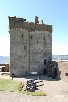 Broughty Castle, Broughty Ferry, Dundee, Scotland by Scotland Castles, Scottish Castles, Chateau Moyen Age, Dundee City, Stirling Castle, Beautiful Castles, British Isles, Great Britain, Places To See