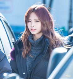 K-Pop Babe Pics – Photos of every single female singer in Korean Pop Music (K-Pop) Kpop Girl Groups, Korean Girl Groups, Kpop Girls, Beautiful Girl Image, Most Beautiful Faces, Nayeon, Asian Woman, Asian Girl, Twice Tzuyu