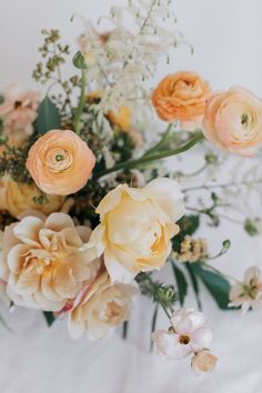 Soft Spring Wedding Floral Inspiration - Michelle Lillywhite Photography