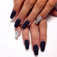 www.askideas.com media 67 Black-Matte-Nails-And-Rhinestones-Accent-Nail-Art.jpg