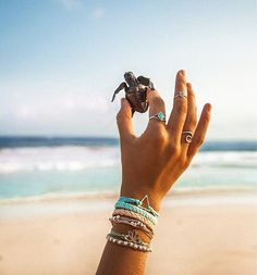 It's the little things in life love this super cute pic by the beautiful @outsideboxx Beach Bracelets, Pura Vida Bracelets, Summer Bracelets, Cute Bracelets, Summer Jewelry, Bracelets For Men, Ankle Bracelets, String Bracelets, Beach Aesthetic