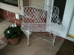 ~French wire bench~ Flea Market Finds, French Country House, Wicker, Love Seat, Bench, Chair, Garden, Blog, Home Decor