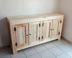 Pretty and much an extraordinary style of the cabinet project is given out here that is stylishly created with the pallet use in it. It is being arranged into the moderate size through the cabinet portions where you can put over the placement of the divisions of cabinets or drawers uniquely.