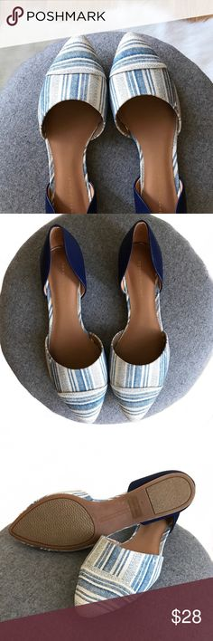 NWOT • T o m m y H i l f i g e r • F l a t s • 7.5 Put some prep to your step in the adorable Naree3 from Tommy Hilfiger™! Easy slip-on wear. Pointed toe. D'orsay silhouette. Man made lining and footbed. Stacked heel. Synthetic sole. Imported. Measurements: Heel Height: 1⁄2 in Tommy Hilfiger Shoes Flats & Loafers