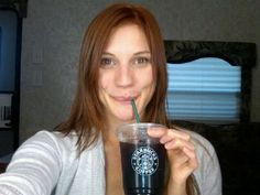 Katee 'Starbuck' Sackhoff ..In Starbucks..
