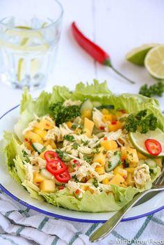Oosterse kip mango salade - Mind Your Feed, Roasted Vegetable Salad, Roasted Vegetables, Vegetable Recipes, Healthy Pasta Salad, Shrimp Salad Recipes, Good Healthy Recipes, Clean Recipes, Cold Lunches, Clean Eating