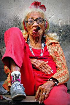 Old Cuban Lady with Cigar | Flickr - Photo Sharing! #portrait #portraitphotography