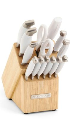 There's nothing more winter chic than frosted pearl cutlery. | KitchenAid knife set