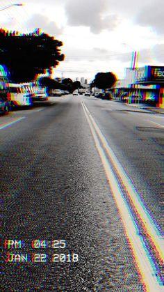 - Photo - My Asthetic - Hintergrund World Glitch Wallpaper, Dark Wallpaper, Tumblr Wallpaper, Screen Wallpaper, Aesthetic Backgrounds, Aesthetic Iphone Wallpaper, Aesthetic Wallpapers, Tumblr Sombre, Phone Backgrounds