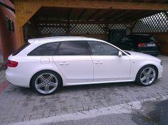 Audi A4 Avant 2,0 TDI Sport DPF Kombi 2011, 25.100 km, € 27.600,-