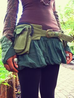 Love these sleeves too! Pixie Pockets - One size canvas utility belt in Army Green - Unisex. £32.00, via Etsy.