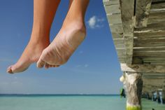 Want smooth, relaxed feet on vacation? Your feet deserve pampering! The Martin Foot and Ankle team describe 5 home remedies for dry, cracked skin.