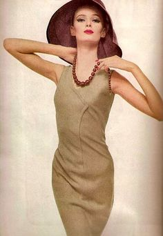 Harper's Bazaar, photo Richard Avedon, 1961
