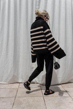 Go To New York, Summer Stripes, Stripes Fashion, Striped Knit, Sweater Outfits, Fashion Details, Autumn Fashion, Normcore, Street Style