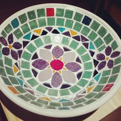 mosaiquismo diseños para baños - Buscar con Google Tile Crafts, Mosaic Crafts, Mosaic Projects, Mosaic Ideas, Mosaic Birdbath, Mosaic Tray, Free Mosaic Patterns, Tile Patterns, Mosaic Bottles