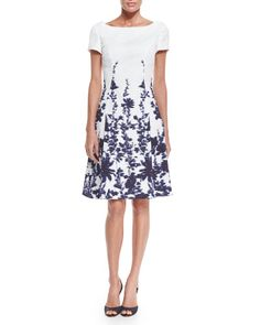 W08BA Carolina Herrera Short-Sleeve Floral-Print A-Line Dress, Navy/Ivory