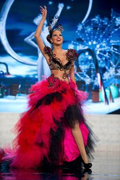 MIss Universe National Costumes 2012  MIss Spain