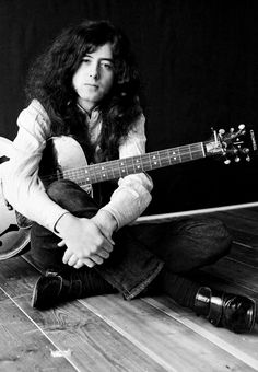 Jimmy Page at home in Pangbourne 1970 Led Zeppelin, Jimmy Page, Jimmy Jimmy, Great Bands, Cool Bands, Hard Rock, El Rock And Roll, Blues, Whole Lotta Love
