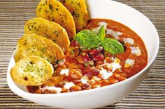 POLÉVKA FAZOLAČKA | Recepty Salsa, Curry, Food And Drink, Soup, Ethnic Recipes, Kitchen, Diet, Curries, Cooking