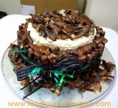 SAVOURY BILTONG CAKE Kos, Biltong, South African Recipes, Big Cakes, Cake With Cream Cheese, Savoury Cake, Party Cakes, Cake Cookies, No Bake Cake