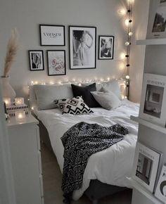 Room Design Bedroom, Girl Bedroom Designs, Room Ideas Bedroom, Wall Decor For Bedroom, Black Room Decor, Bedroom Black, Bedroom Decorating Tips, Bedroom Decor For Teen Girls, Teen Room Decor