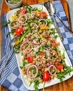 reissalat rezepte kochrezepte kochen instakoch de delivers online tools that help you to stay in control of your personal information and protect your online privacy. Bacon Zucchini, Rice Salad Recipes, Snacks Recipes, Pasta Salad, Feta, Meal Prep, Food And Drink, Cooking Recipes, Meals