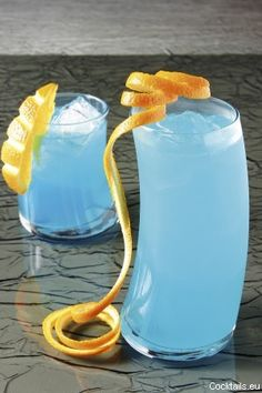 Miami Ice: Vodka, Rum, Gin, Triple Sec, Lemon-lime soda, Orange Juice, Peach Schnapps