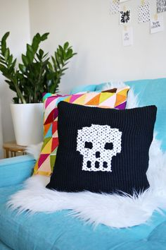Have an old sweater? Make this cute skull pillow with it! (click through for tutorial) @joannstores