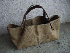Diy Tote Bag, Tote Backpack, Leather Bags Handmade, Handmade Bags, Craft Bags, Linen Bag, Denim Bag, Purse Patterns, Big Bags