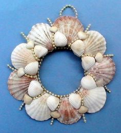 Sea Shell Wreath - Pectins, White shells and pearls