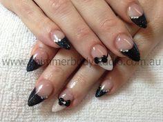 Gel nails, black and white nails, glitter nail art, 3d sculpted nail art, bows, pointed  nails, stilletto nails, shimmer body studio.
