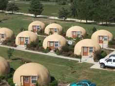 Dome Homes in Brenham TX. Concrete domes are strong, highly resistant to damage by earthquake, lightning, hurricane, and wind. FEMA rates this type of construction as 'near-absolute protection' from tornadoes and Category 5 Hurricanes. Glamping, Monolithic Dome Homes, Wakayama, Dome House, Unusual Homes, Earth Homes, Geodesic Dome, Earthship, Little Houses