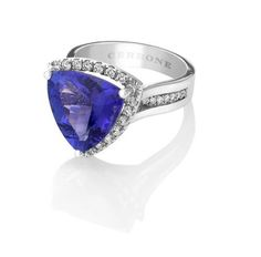 18ct White Gold Trilliant Cut Tanzanite and Diamond ring