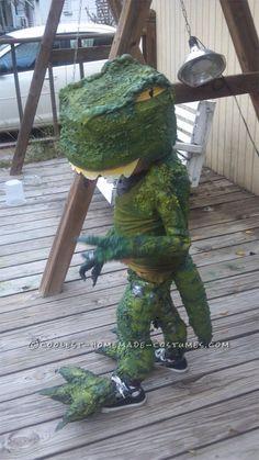Make+the+Coolest+Homemade+Dinosaur+Costume