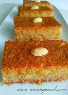 Best Cake : Ingredients: - 1 cup of granulated sugar - 1 cup of yogurt - 1 cup . Yummy Recipes, Dessert Recipes, Cooking Recipes, Yummy Food, Cake Batter Cookies, Easter Snacks, Yogurt Cups, Arabic Food, Turkish Recipes