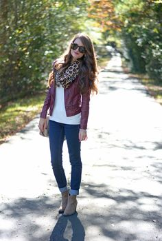 burgundy leather jacket outfit w/ ivory tunic, animal scarf, denim skinnies and nude booties Burgundy Leather Jacket, Burgundy Outfit, Leather Jacket Outfits, Black Leather, Leather Jackets, Leather Pumps, Fall Winter Outfits, Autumn Winter Fashion, Casual Winter