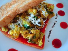 Simply Spicy: Breakfast with Toast, Scrambled Egg & Potato