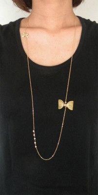 大小のリボンモチーフ&淡水パールのシンプルなデザインのネックレスです♪甘すぎず、どんなスタイルにもあわせやすいデザインです。size:約90cm|ハンドメイド、手作り、手仕事品の通販・販売・購入ならCreema。