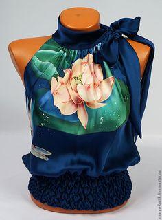 """Купить Топ-батик """"Вдохновение"""" - тёмно-синий, цветочный, шелк, шелковая блузка, рисунок на ткани"""