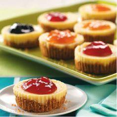 Jam-Topped Mini Cheesecakes and 11 more mini desserts Mini Desserts, Desserts Nutella, Mini Cheesecake Recipes, Just Desserts, Delicious Desserts, Yummy Food, Potluck Desserts, Vegan Desserts, Cherry Desserts