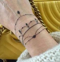 61 Cute Tattoo Bracelet Design Just For You - Suitable Fashion Ideas for You Tiny Flower Tattoos, Mini Tattoos, Cute Tattoos, New Tattoos, Small Tattoos, Tattoo Flowers, Wrist Bracelet Tattoo, Jewelry Tattoo, Arm Band Tattoo